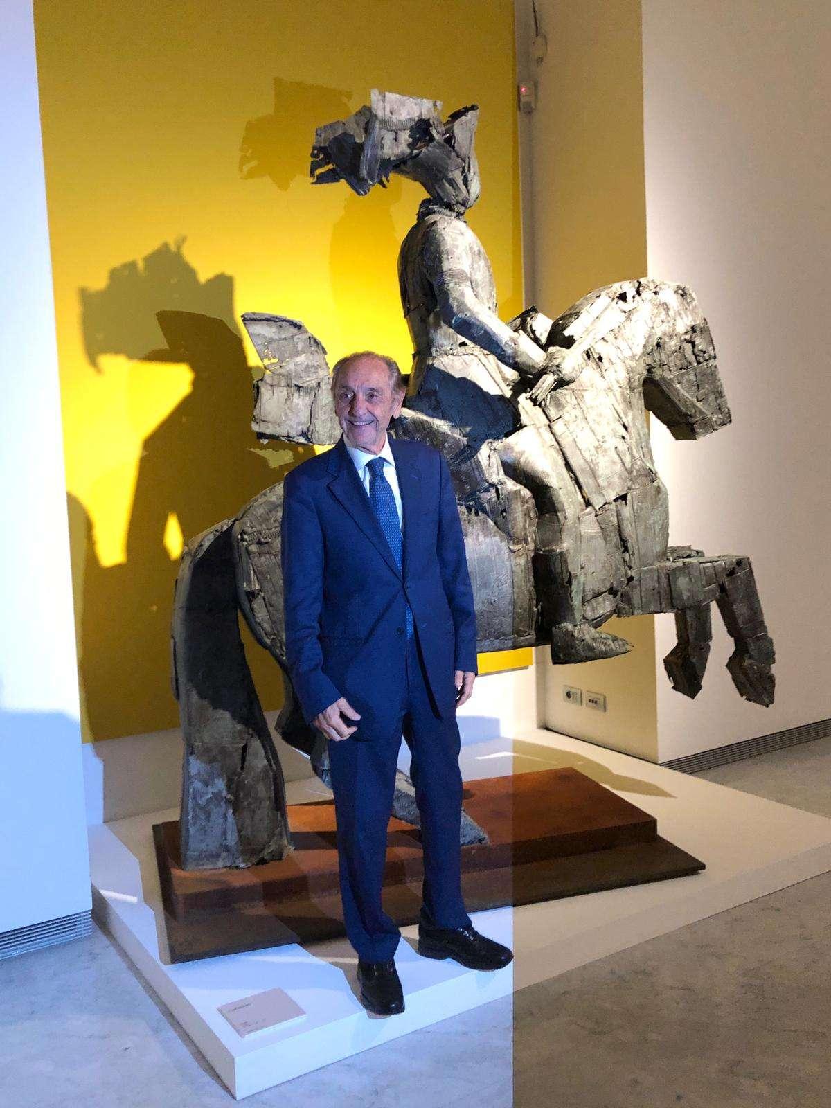 Palazzo Cipolla: prorogata fino a luglio la mostra di Manolo Valdés